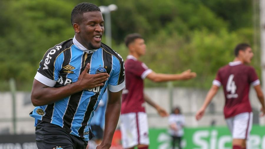 Elias, atacante do Grêmio, testou positivo para covid-19 - Guilherme Rodrigues/Divulgação GRÊMIO FBPA