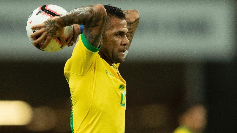 Daniel Alves pela seleção brasileira em partida contra a Nigéria em outubro de 2019 - Lucas Figueiredo/CBF