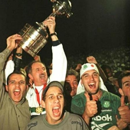 Paulo Jussio comemora Libertadores de 1999 com Felipão - Arquivo Pessoal