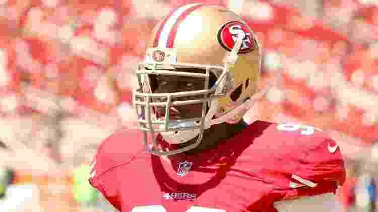 Na NFL, Okoye jogou por San Francisco 49ers (foto), Dallas Cowboys, Miami Dolphins, Arizona Cardinals e New York Jets - Daniel Gluskoter/Getty Images - Daniel Gluskoter/Getty Images