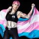 Lutadora transgênero responde a comentários transfóbicos: 'São nojentos'