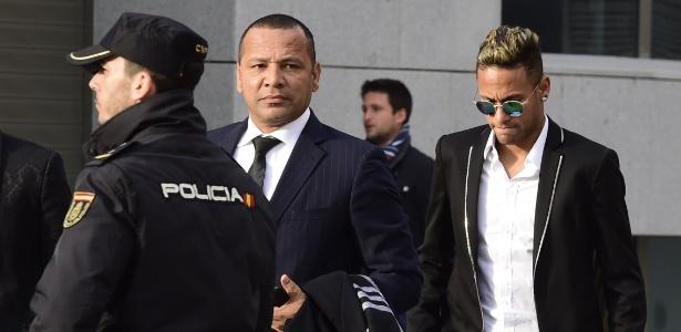 Neymar e pai respondem a processo na Espanha e foram denunciados pelo MP brasileiro