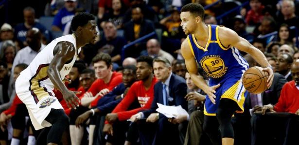 Stephen Curry em ação contra o New Orleans Pelicans - Derick E. Hingle-USA TODAY Sports