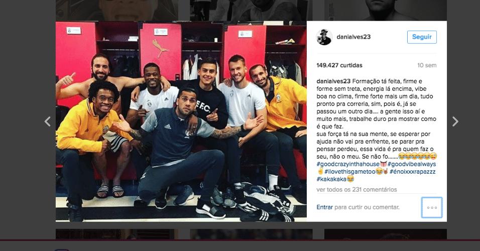 Daniel Alves posta foto no vestiário da Juventus