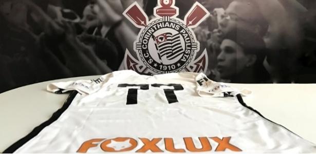 Corinthians anuncia patrocinador e promete camisa de R  100 milhões em 2017  - 24 03 2017 - UOL Esporte 9a55c06a6f5f3