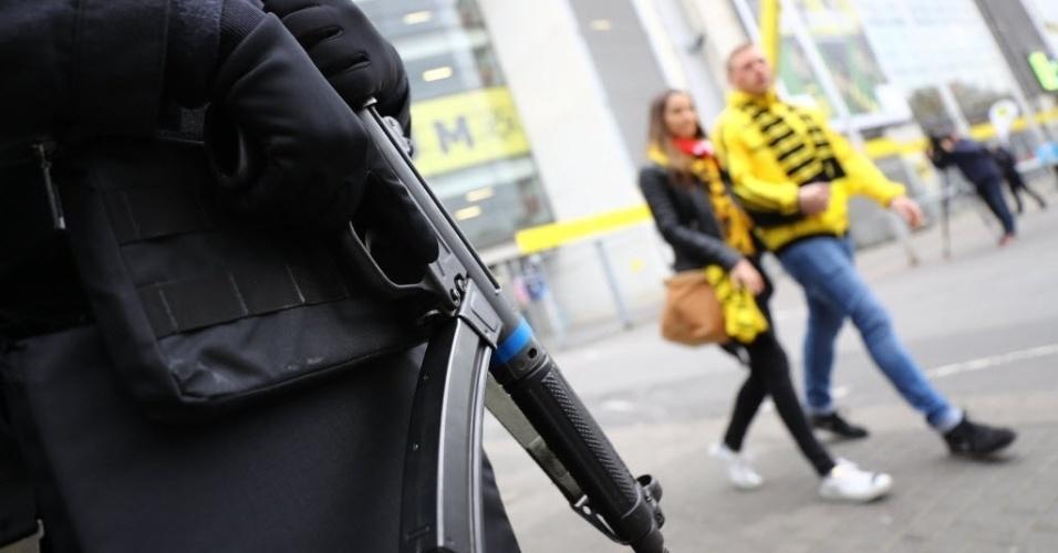 Polícia alemã reforçou a segurança para o duelo desta quarta-feira Borussia x Monaco