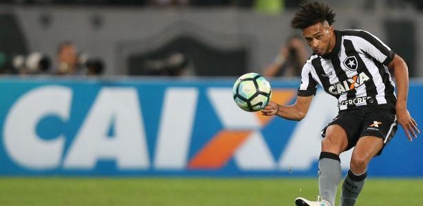 Luis Ricardo falou sobre a situação financeira do Botafogo