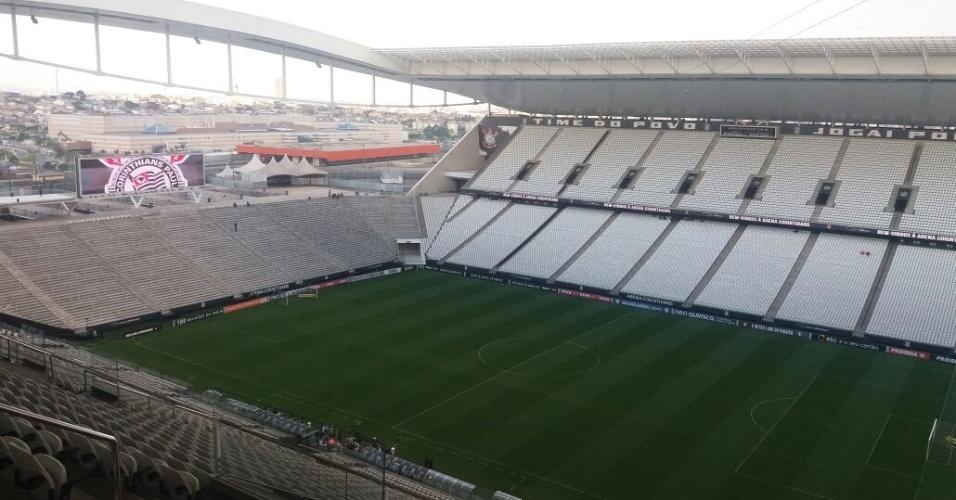 Área interna da Arena Corinthians ainda vazia. Portões abrem às 19h45