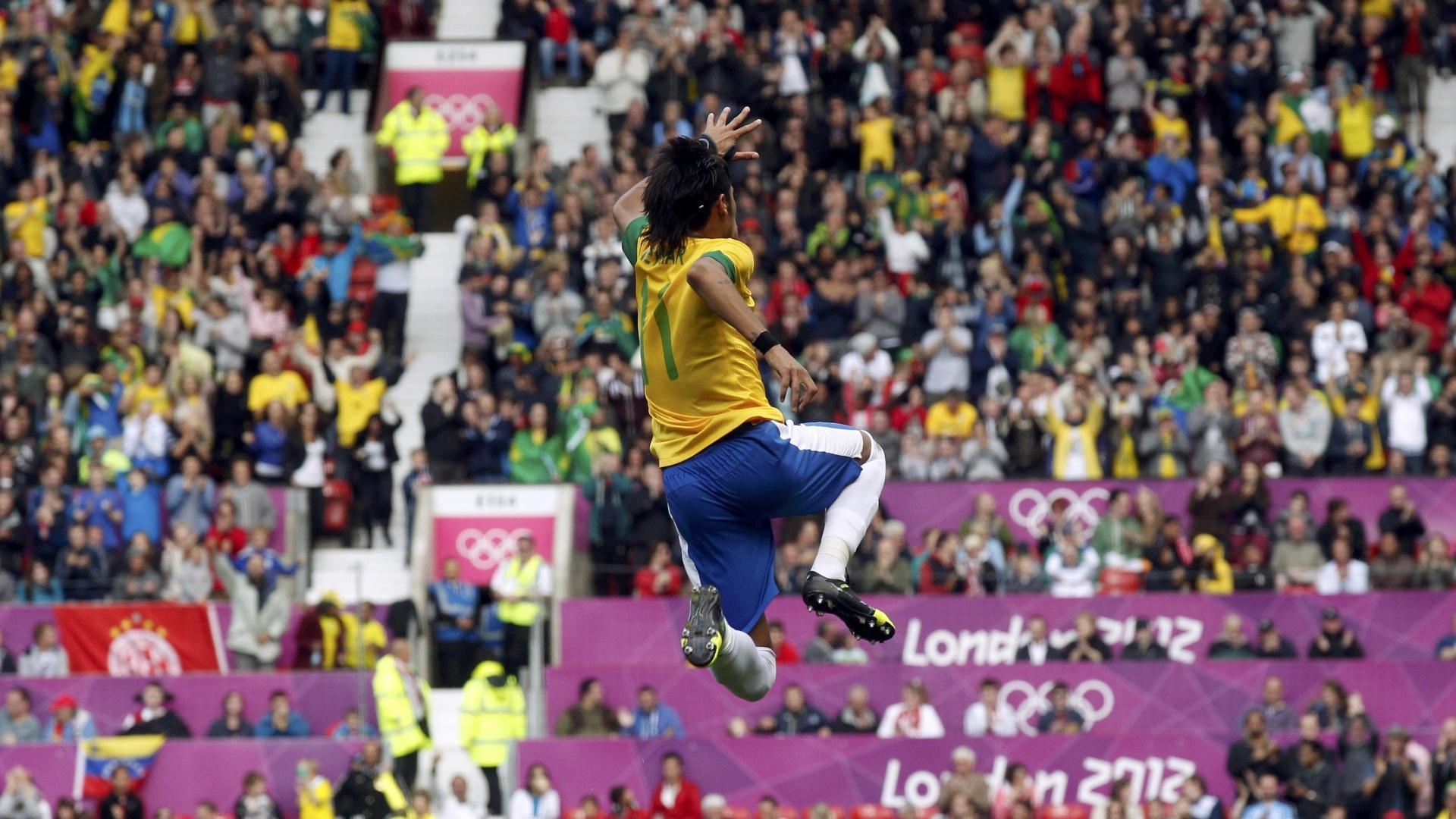 Neymar comemora gol marcado contra Belarus, pela Olimpíada de Londres, em 2012