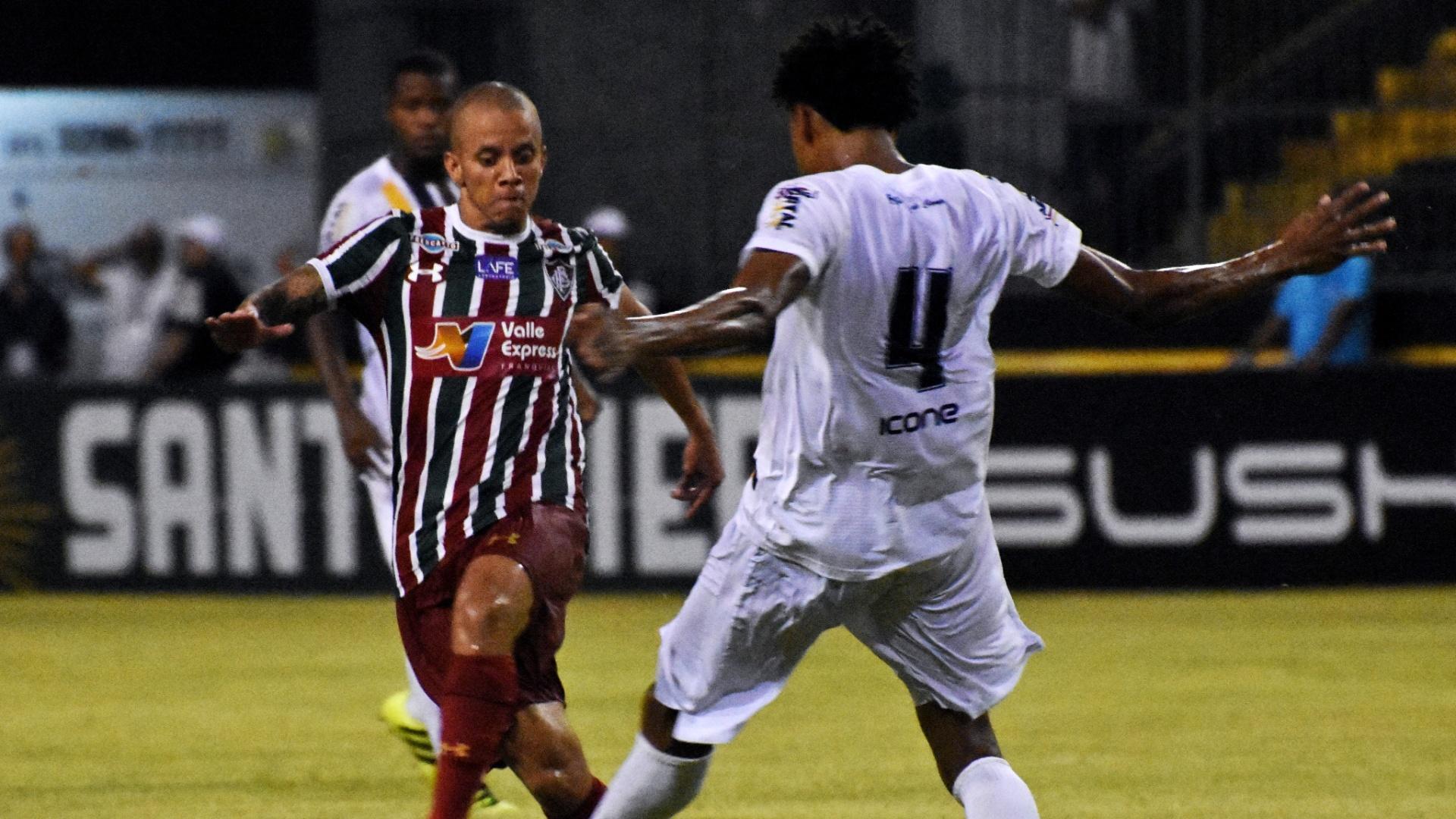 Marcos Júnior em ação pelo Fluminense na partida contra o Madureira