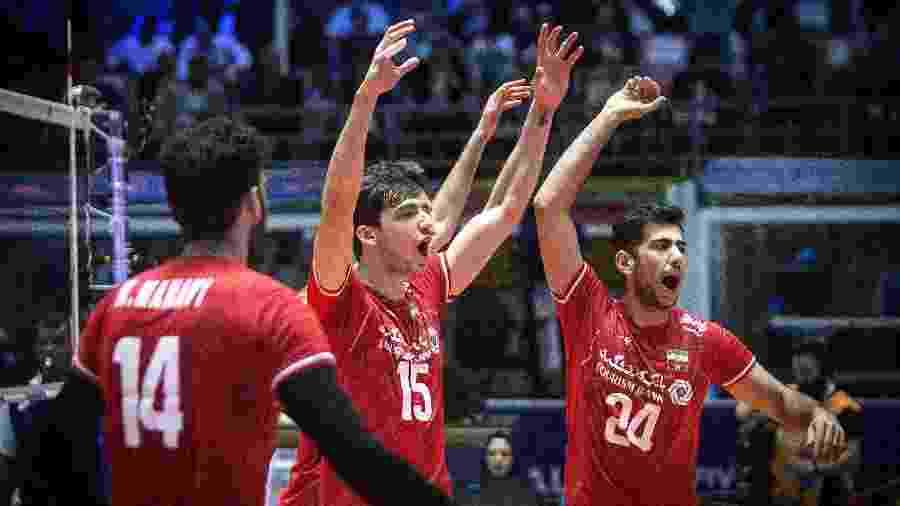 Jogadores do Irã durante jogo da Liga das Nações  - Xinhua/Ahmad Halabisaz