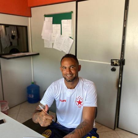 Goleiro Bruno e outros atletas do clube foram a um hospital em Bragança (PA) após passarem mal - Reprodução/Instagram