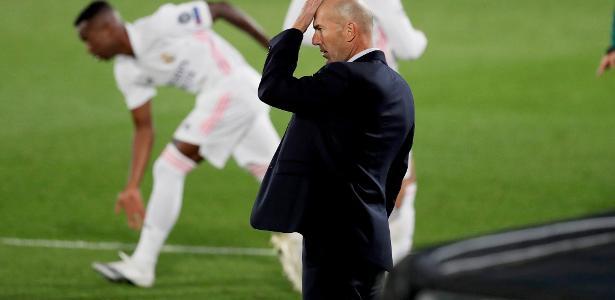 Rivaldo diz que não entende críticas contra Zidane: 'Realmente merece?'