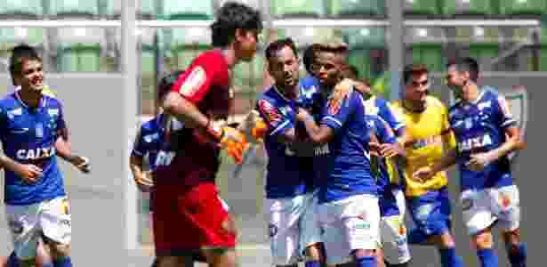 Rafael Silva celebra gol do Cruzeiro diante do Atlético-MG - Washington Alves/Light Press - Washington Alves/Light Press
