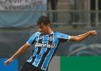 Thyere sofre entorse e desfalca Grêmio em viagem para São Paulo (Foto: Lucas Uebel/Divulgação Grêmio)