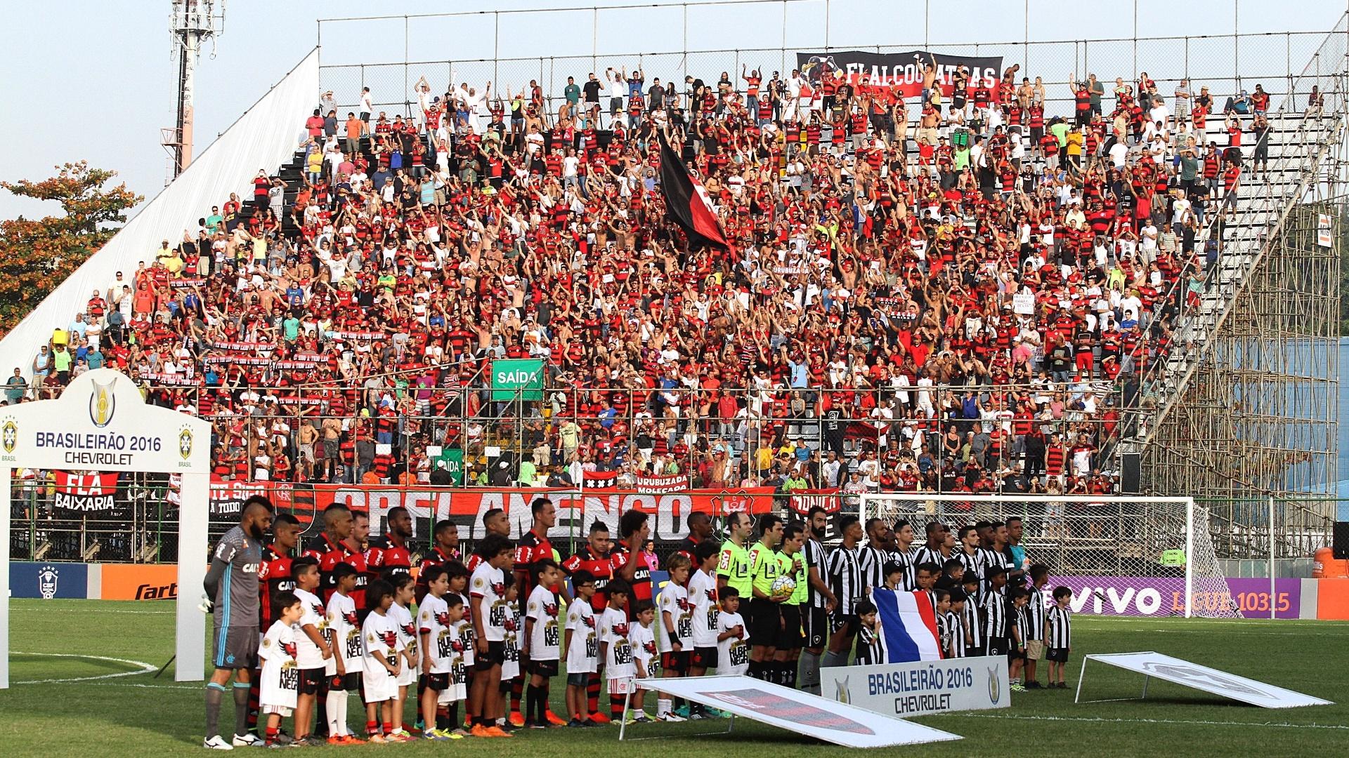 O Flamengo atuou uma vez na Arena da Ilha em 2016. Estádio agora é a 'casa rubro-negra'