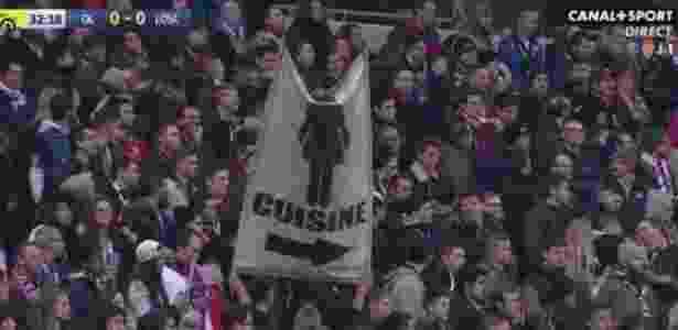 d55d3523f4 Torcedores do Lyon abrem bandeira sexista e causam polêmica em jogo ...