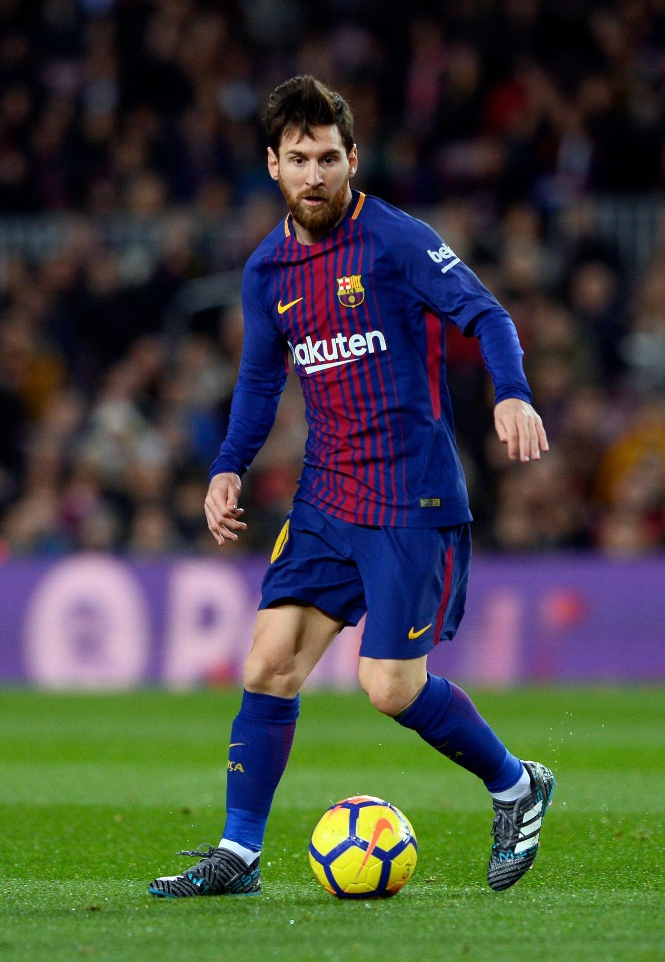 fa4102e5d7 Valor da camisa do Barcelona vai superar 200 milhões de euros - 15 02 2018  - UOL Esporte