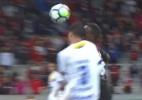 Ribamar perde dois dentes em disputa de bola com Rafael Thyere - Reprodução