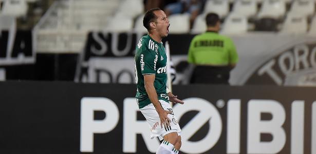 Guerra, que vive bom momento, se machucou em lance de treino - Thiago Ribeiro/AGIF