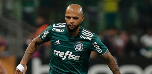 Felipe Melo deve voltar ao time titular do Palmeiras contra o São Paulo