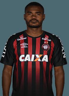 Nikão, meia do Atlético-PR