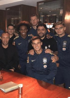 Empresário Kia Joorabchian visita jogadores da seleção brasileira nos EUA