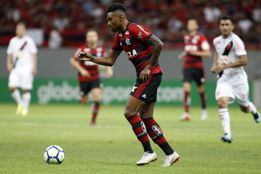 Vitinho, durante partida entre Flamengo e Vasco