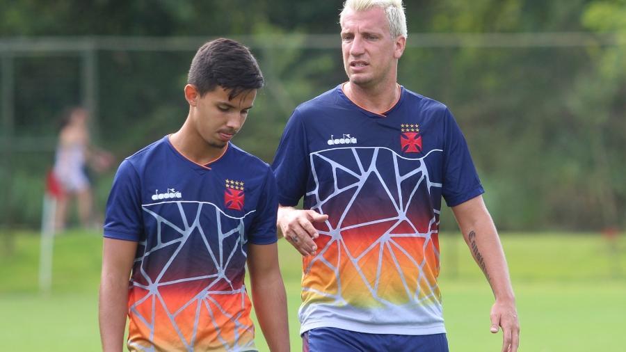 Maxi López desfalcará Vasco contra o Boavista por conta de uma sinusite - Carlos Gregório Júnior / Vasco.com.br