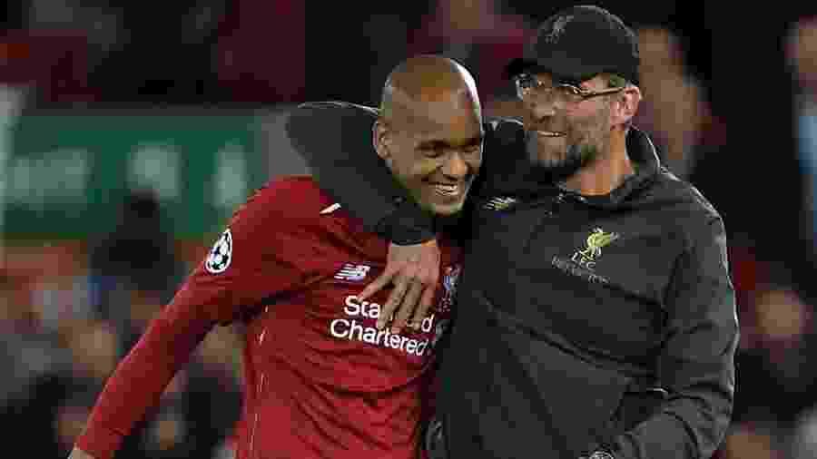 Fabinho e Jurgen Klopp no Liverpool - Paul Ellis/AFP