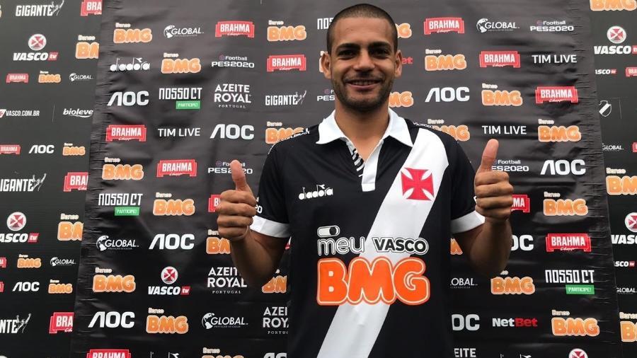 Atacante Clayton virou pivô de uma polêmica sobre sua situação jurídica no Campeonato Brasileiro - Bruno Braz / UOL