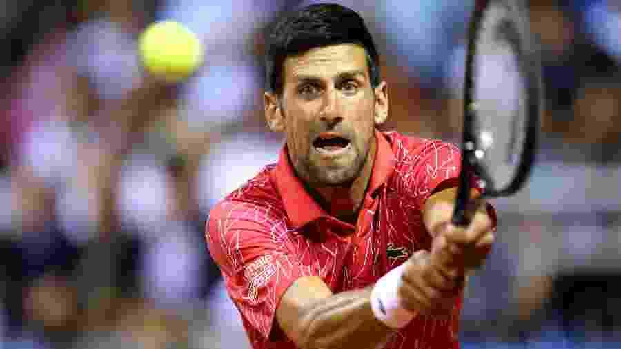 Novak Djokovic durante o Adria Tour; sérvio foi diagnosticado com covid-19 dias depois, mas se recuperou - REUTERS/Antonio Bronic