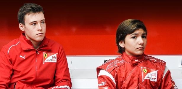 Enzo Fittipaldi (à dir.) correrá na Prema Powerteam com Marcus Armstrong (à esq.) - Ferrari/Divulgação