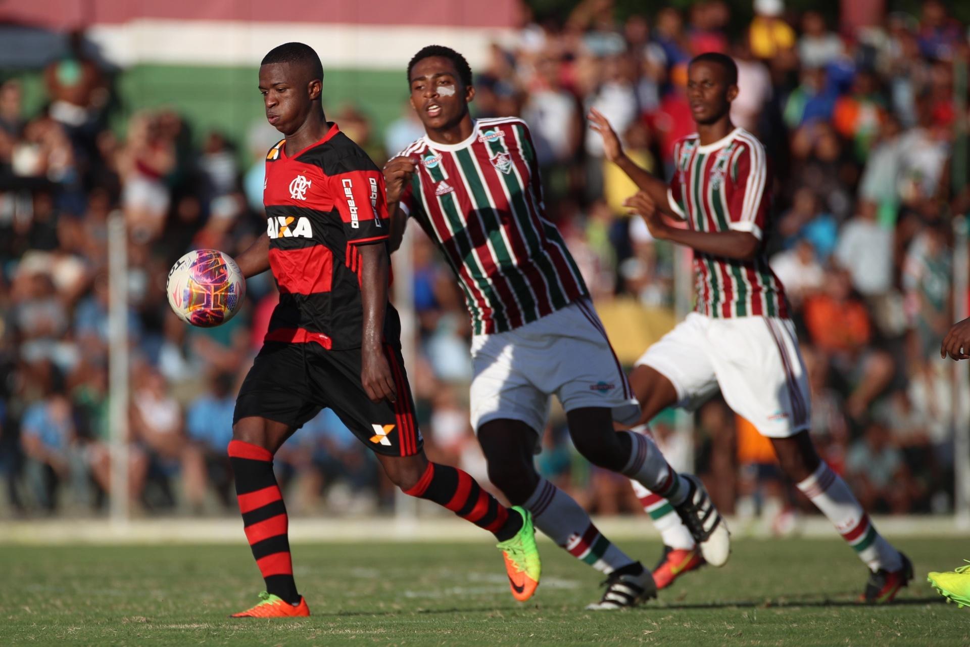 Fla vence Flu três vezes no mesmo dia  Vinicius Jr. brilha pelo sub-20 -  01 04 2017 - UOL Esporte 61f789fbe0574