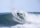 Após deixar elite do surfe, brasileiro perde mala em retorno do Havaí - WSL / TONY HEFF