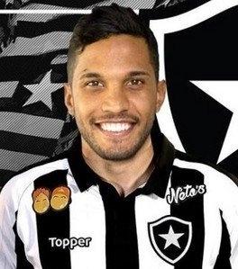 Yago, zagueiro do Botafogo