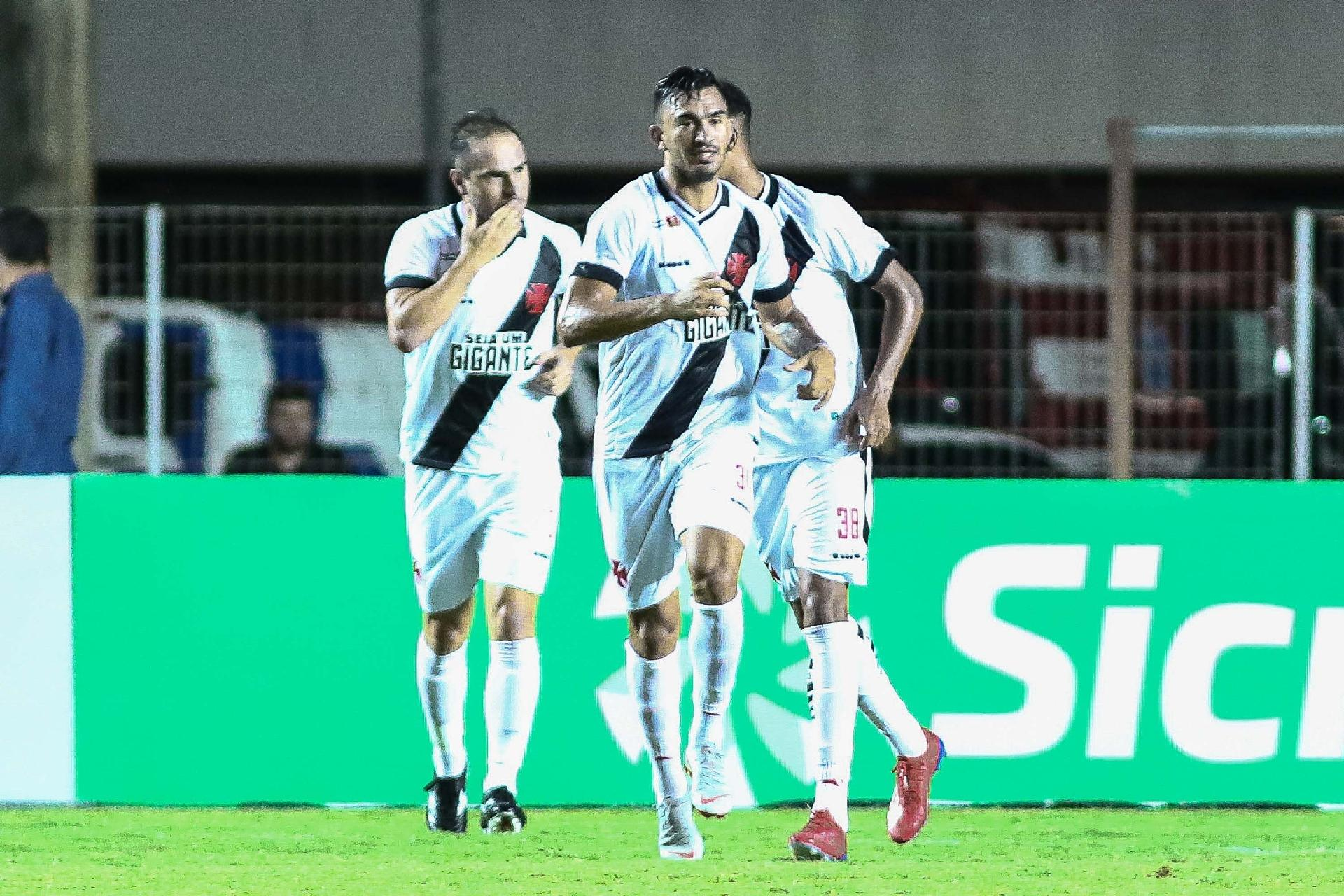 Vasco vence o Serra 2498479293ac9