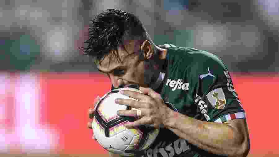 Willian lamenta chance perdida em Palmeiras X Grêmio pela Libertadores - Marcello Zambrana/AGIF