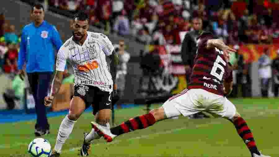 Lateral-direito sob observação do técnico Fábio Carille, que testou Ramiro durante a semana - Rodrigo Gazzanel/Agência Corinthians