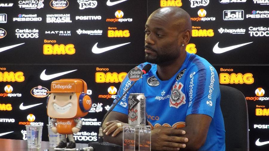 Vagner Love, atacante do Corinthians, acredita que o time pode crescer de produção - Gabriel Carneiro/UOL Esporte