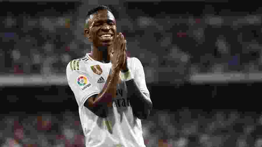 Vinicius Junior se emociona em comemoração de gol em Real Madrid x Osasuna - VI Images via Getty Images