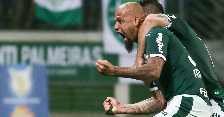 Felipe Melo comemora gol do Palmeiras contra a Chapecoense