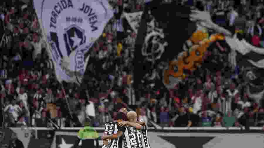 Botafogo pagou restando do que devia de agosto e agora deve dois meses a jogadores - Vitor Silva/Botafogo