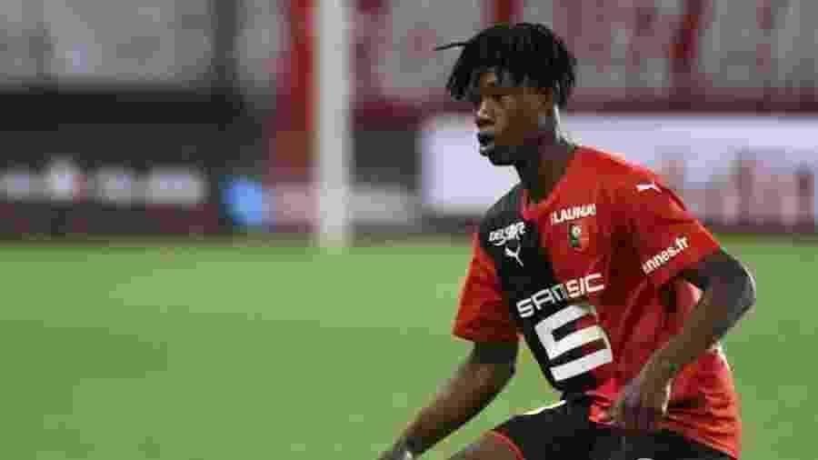 Eduardo Camavinga tem só 17 anos, mas já é o segundo maior ladrão de bolas da Europa - AFP