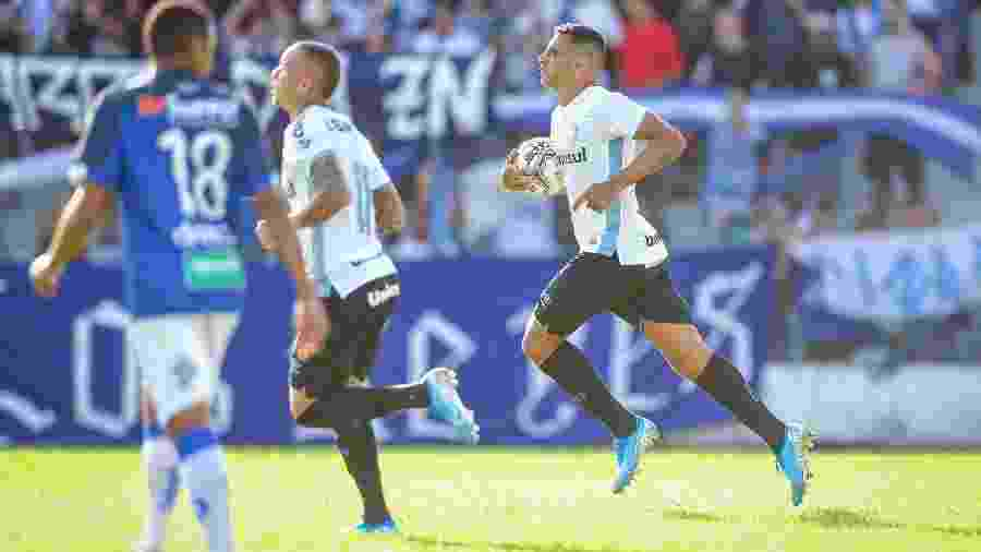 O Grêmio de Diego Souza (foto) dá valor ao primeiro turno do Gauchão em razão de planejamento - Lucas Uebel/Grêmio