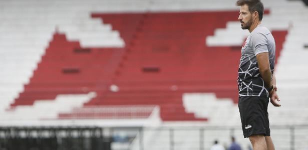 'Minha ideia de jogo para o Vasco é um bom futebol', diz Ramon Menezes