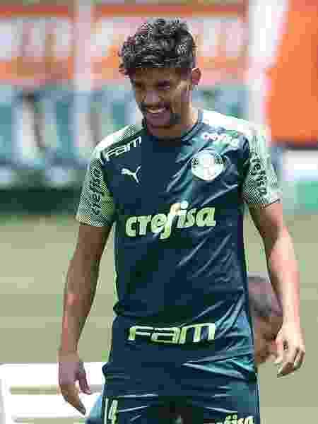 Gustavo Scarpa, durante treino do Palmeiras, na Academia de Futebol - Cesar Greco