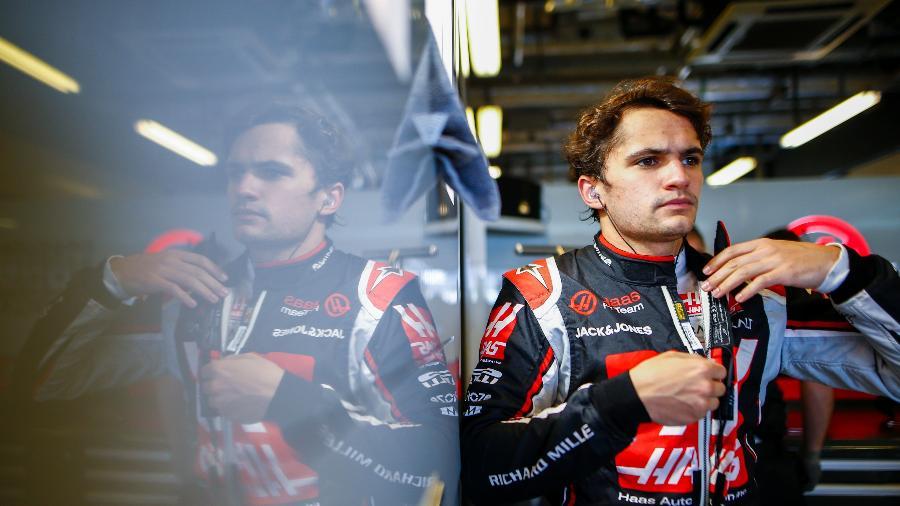 Pietro Fittipaldi se prepara para treinos livres do GP de Abu Dhabi pela Haas - Andy Hone / LAT Images