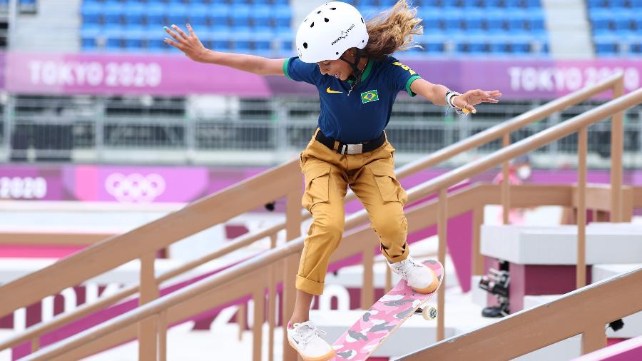 Rayssa Leal se classificou para a final do skate street feminino nas Olimpíadas de Tóquio - LUCY NICHOLSON/REUTERS