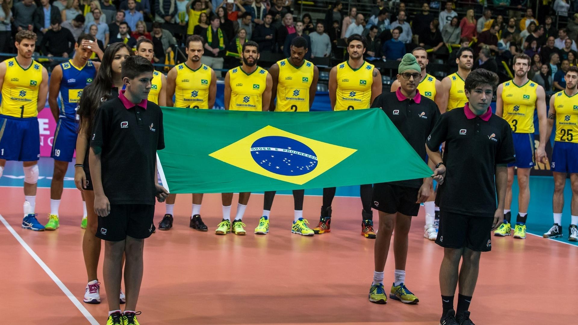 Brasil manteve a liderança do Grupo A com a vitória fora de casa sobre os australianos